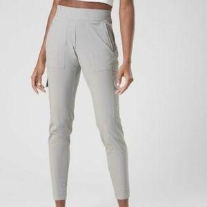 Athleta Chelsea Cargo Pant Grey Size 8T